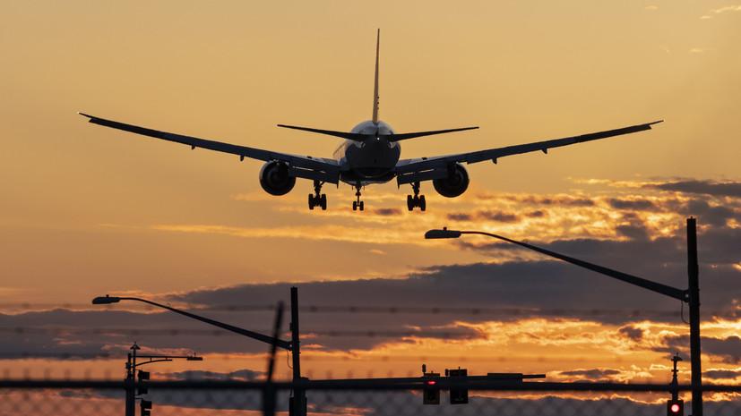 В Тюмени из-за плохого самочувствия пассажира вынужденно сел самолёт