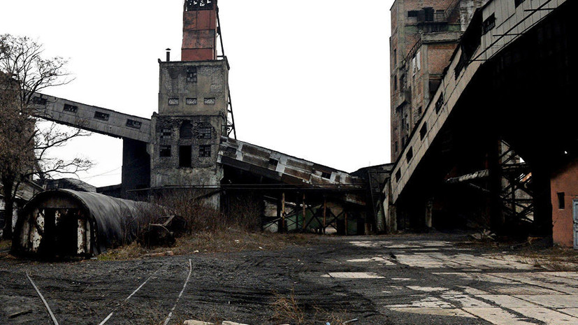 Спасатели подняли тело третьего погибшего на шахте в ЛНР