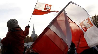 «Войны исторической памяти»: Польша намерена потребовать у Германии репарации в $900 млрд