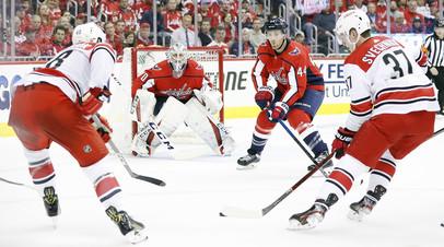 Форвард «Каролины» Свечников стал самым молодым автором дубля в плей-офф НХЛ за последние 22 года