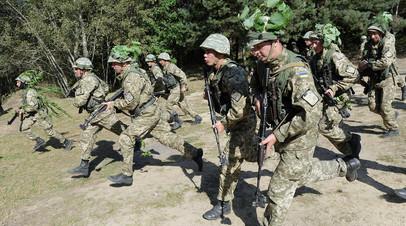 Украинские военнослужащие принимают участие в учениях НАТО Rapid Trident, 2014 год