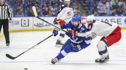Кучеров был удалён до конца матча плей-офф НХЛ с «Коламбусом» за грубую игру