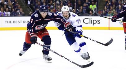Пас Панарина помог «Коламбусу» в третий раз обыграть «Тампу» в серии плей-офф НХЛ