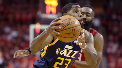 Трипл-дабл Хардена помог «Хьюстону» второй раз обыграть «Юту» в плей-офф НБА