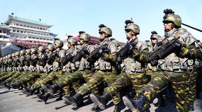 военнослужащие ВС КНДР