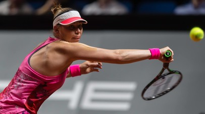 Звонарёва уступила Азаренко в первом круге турнира WTA в Штутгарте