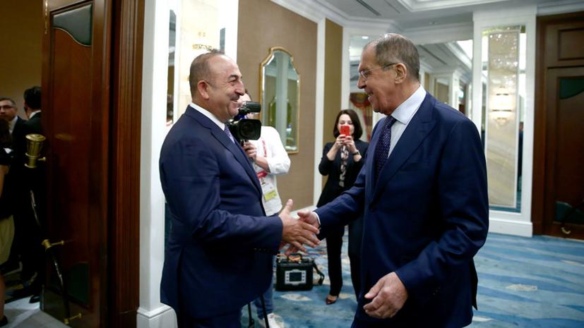 Лавров обсудил с главой МИД Турции ситуацию в Идлибе