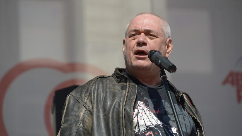 «Гигант, который очень рано и трагически ушёл»: в Москве скончался журналист Сергей Доренко