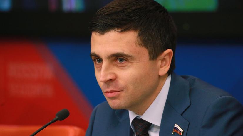 В Крыму прокомментировали подписанный Порошенко закон о государственном языке