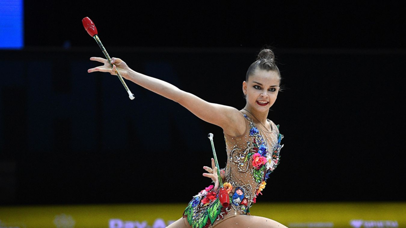 Арина Аверина завоевала золото в упражнениях с булавами на ЧЕ