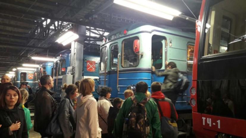 Петербургским метро в «Ночь музеев» воспользовались 90 тысяч пассажиров