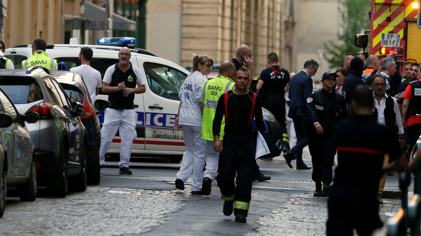 Посольство: россиян среди пострадавших при взрыве в Лионе нет