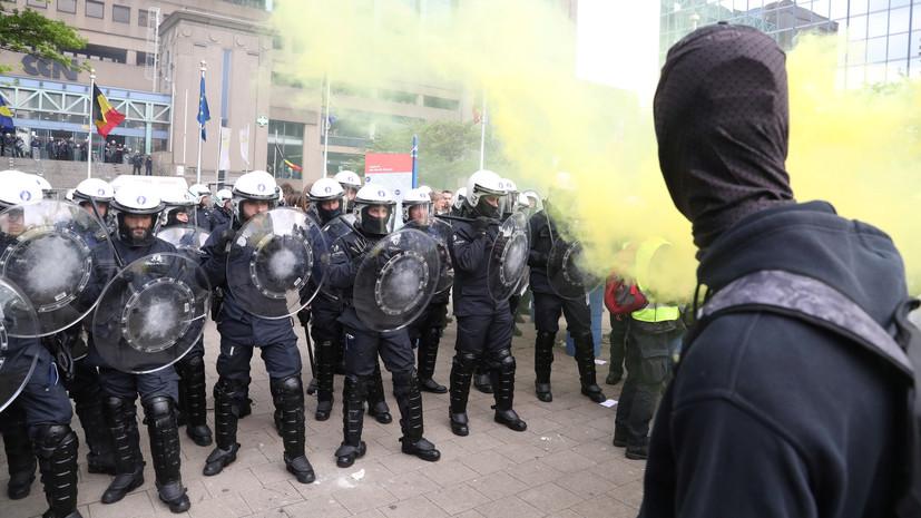 В Брюсселе задержали около 20 участников акции «жёлтых жилетов»