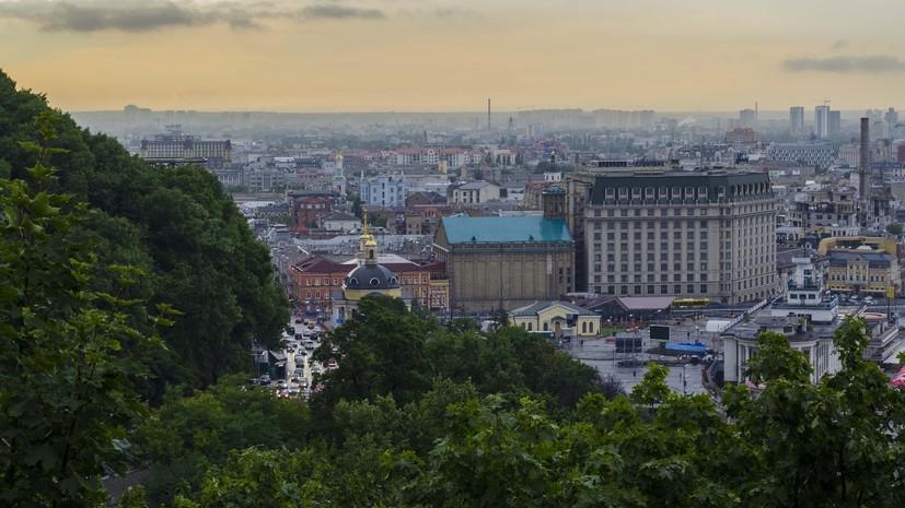 Зеленский заявил о важности запаха шаурмы у метро для Киева