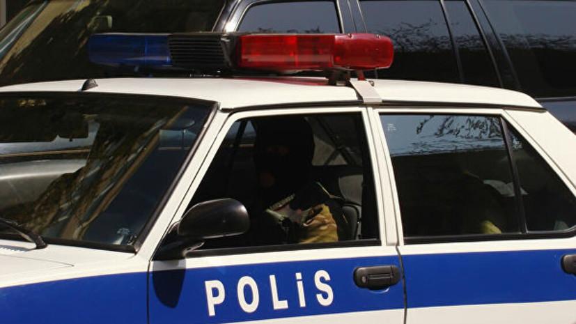 Азербайджанская полиция остановила фанатов «Арсенала» в футболках с фамилией Мхитаряна