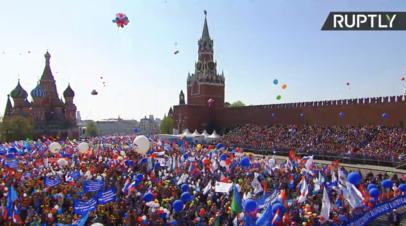 «За справедливую экономику в интересах человека труда»: в Москве состоялись первомайские шествия