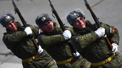 В Волгограде состоялась первая репетиция парада Победы