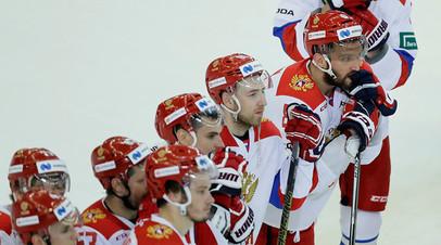 Три пропущенные шайбы в меньшинстве и утешительный гол Овечкина: сборная России проиграла Финляндии в матче Чешских игр