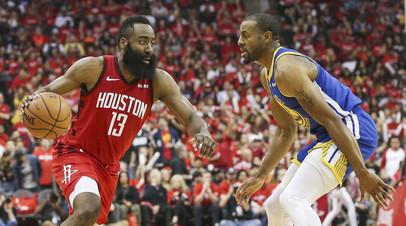 «Хьюстон» одержал победу над «Голден Стэйтом», сократив отставание в серии плей-офф НБА