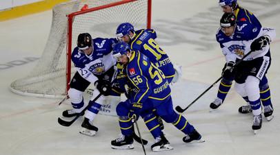 Сборная Швеции победила команду Финляндии в матче Еврохоккейтура