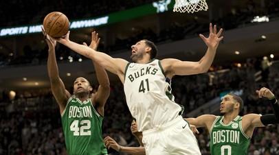 «Милуоки» разгромил «Бостон» и выиграл серию второго раунда плей-офф НБА