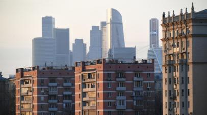 Источник: число пострадавших из-за ветра в Москве возросло до 10