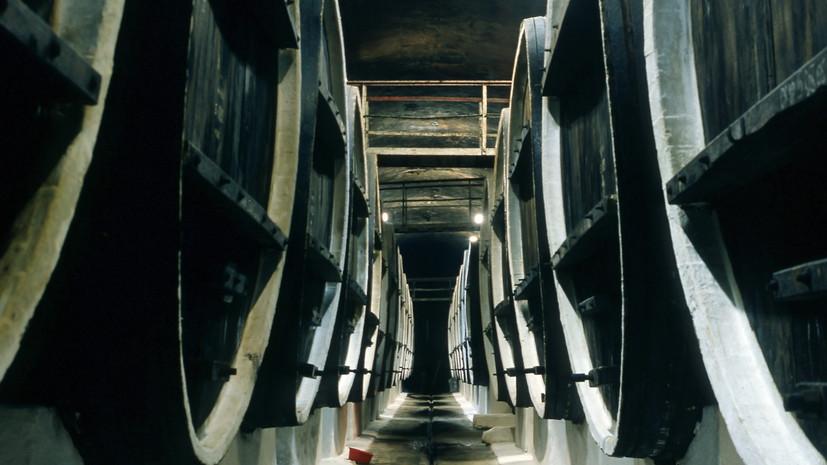 Пожар на винодельне во Франции уничтожил около 250 тысяч литров коньяка