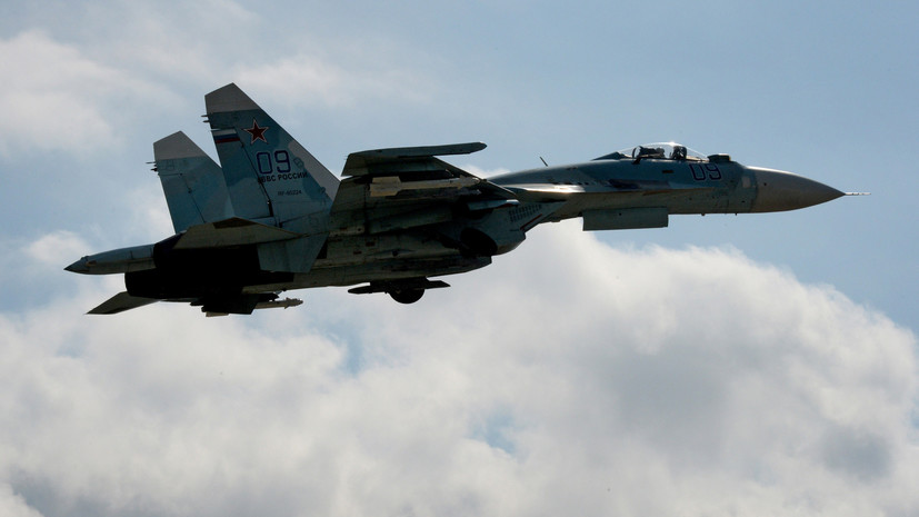 Над Чёрным и Балтийским морями: российские Су-27 перехватили у границ РФ стратегические бомбардировщики ВВС США