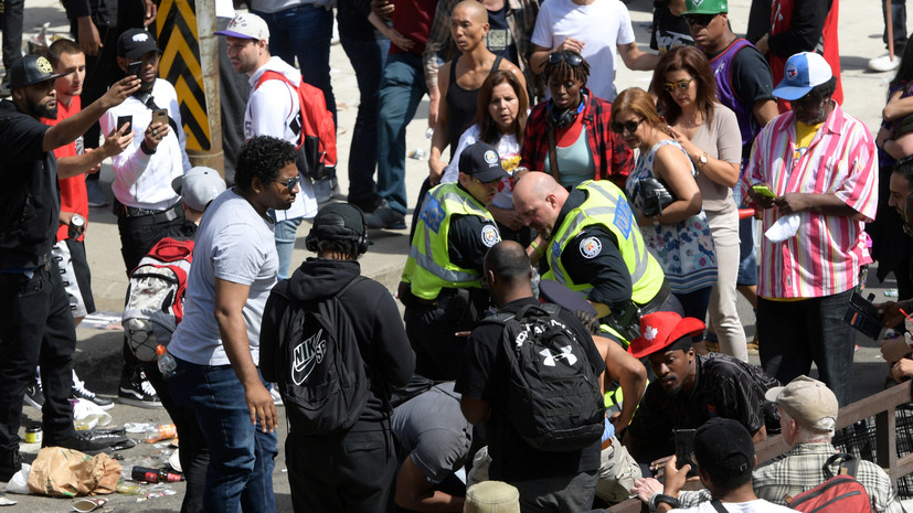 Число пострадавших при стрельбе на параде «Торонто» выросло до четырёх человек
