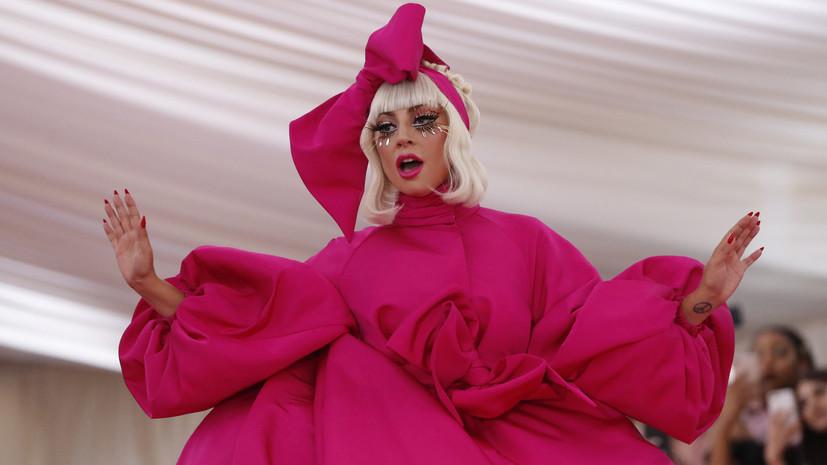 Альбом Леди Гага и Брэдли Купера стал самым продаваемым в мире
