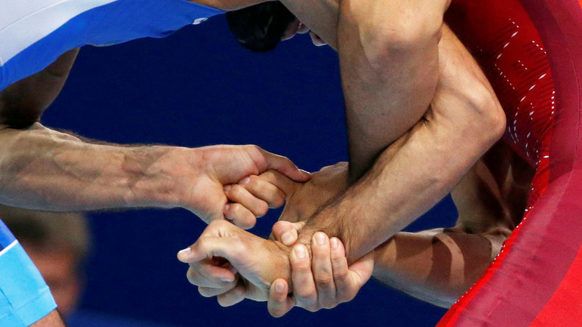 Угуев завоевал бронзу по вольной борьбе в категории до 57 кг на ЕИ-2019