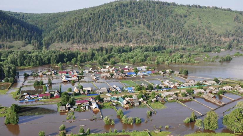 Более 350 человек вывезли с затопленных территорий в Тулуне