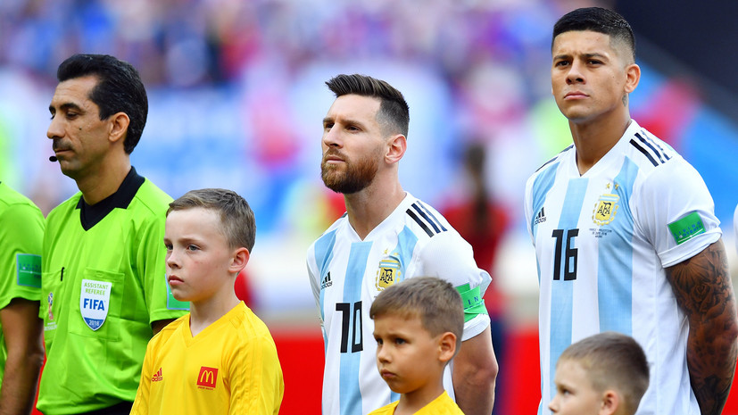 Месси впервые спел гимн перед матчем сборной Аргентины