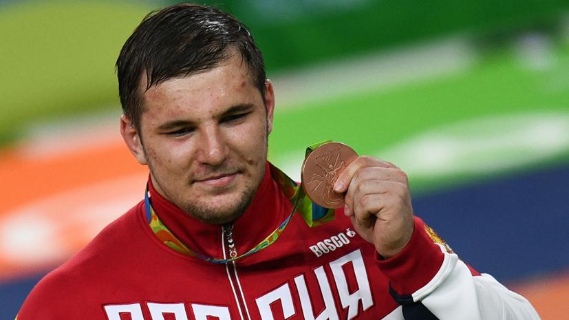 Семёнов завоевал бронзу в греко-римской борьбе на Европейских играх