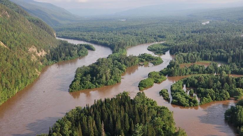 Путин поручил оценить ущерб от паводка в Иркутской области