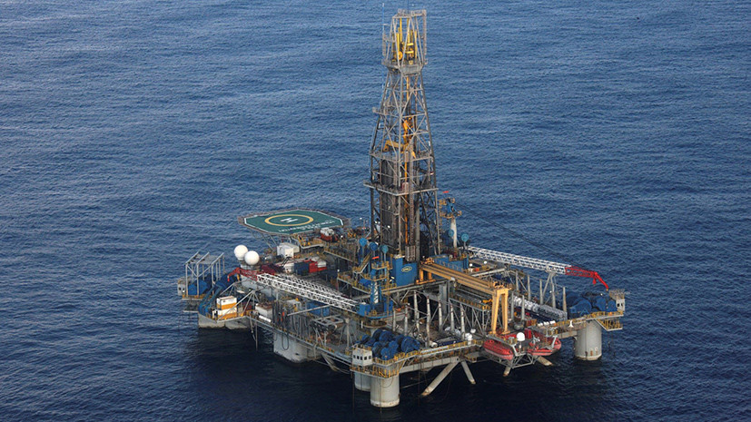 Газовая буровая установка на кипрском шельфе © REUTERS/Cyprus Public Information Office