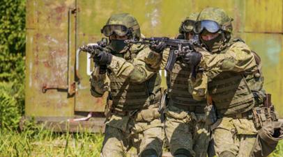 Военнослужащие Сухопутных войск