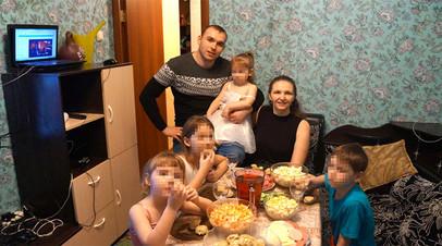 Губернатор Новосибирской области пообещал помочь многодетной матери с жильём