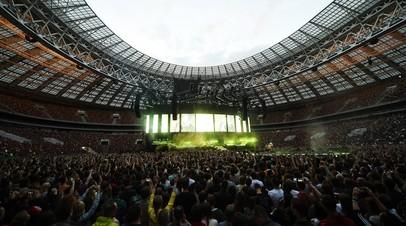 «Газон задыхается и сгорает»: как концерты на стадионах наносят вред футбольным полям