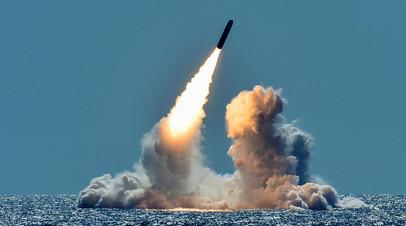 Пуск ракеты Trident II с подлодки USS Nebraska класса Ohio