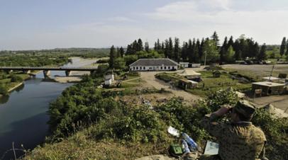 Абхазия ввела временные ограничения на пересечение границы с Грузией