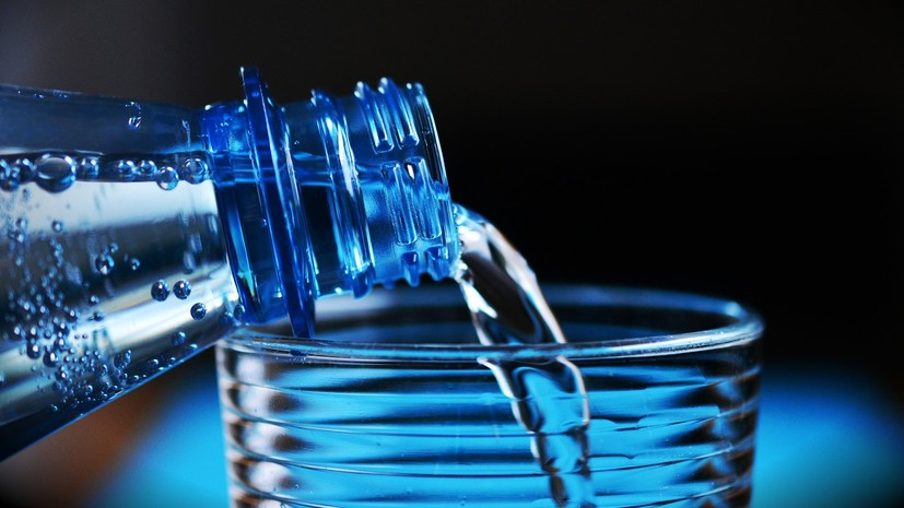 Роспотребнадзор предложил маркировать минеральную воду в России