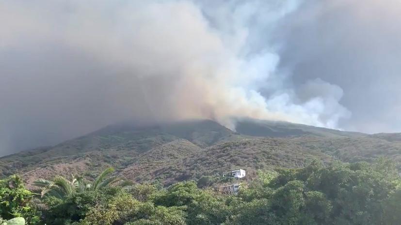 В результате извержения вулкана в Италии погиб турист