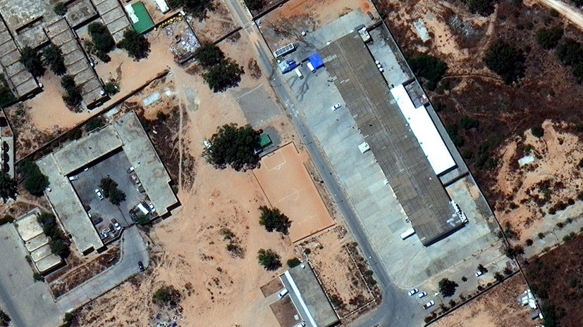 Число погибших при авиаударе под Триполи увеличилось до 53