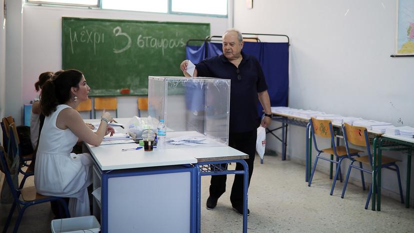 Досрочные парламентские выборы начались в Греции