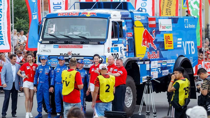 Экипаж Шибалова стал вторым на первом этапе «Шёлкового пути»
