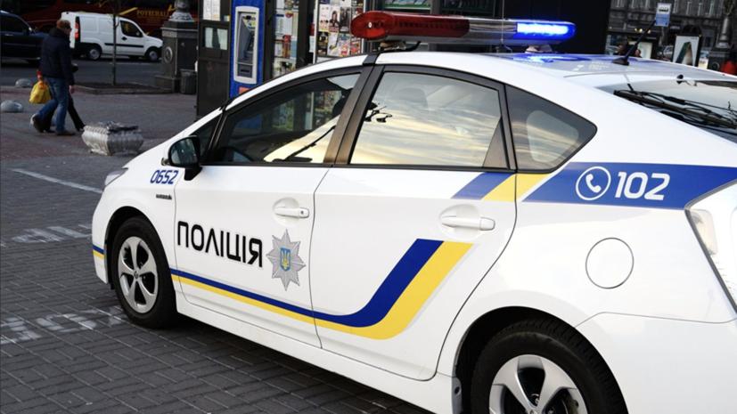 Неизвестный взял в заложники сотрудницу финучреждения в Одессе