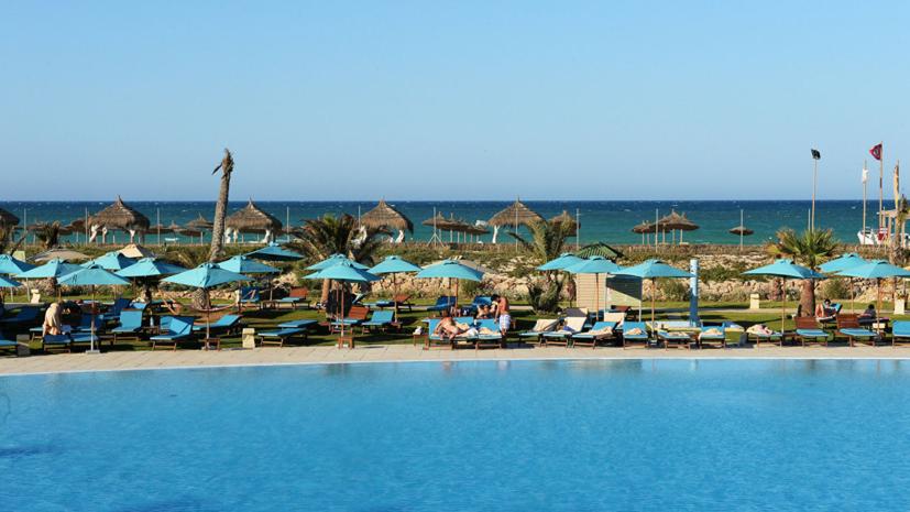 Эксперт прокомментировал сообщения об экологической ситуации на пляжах Туниса