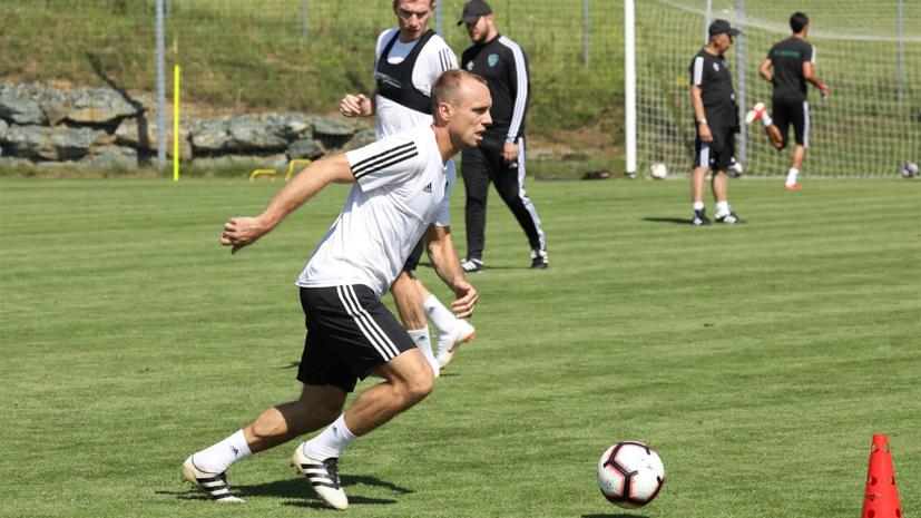 Адвокат экс-жены Глушакова обеспокоен контрактом футболиста в «Ахмате»