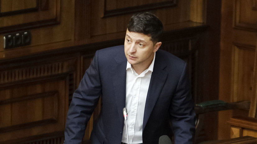 Эксперт оценил предложение советника Зеленского переименовать Россию